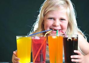 Children Don't Drink Enough Water, But They Drink Sugary Beverages, According To A New Study