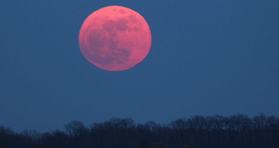 Pink Supermoon In April Will Be The Biggest Full Moon Of The Year