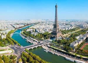Paris to Shut Bars and Start Working From Home