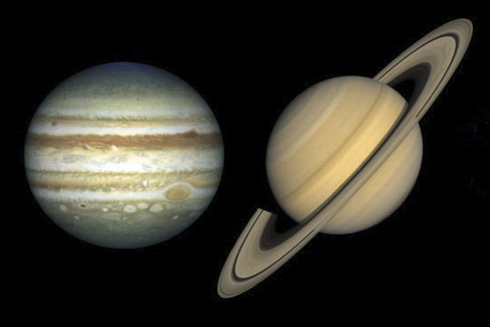 """Jupiter Will """"Embrace"""" Saturn in Outstanding Celestial Show"""