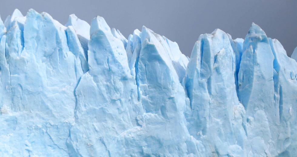 """Warm Water Beneath The """"Doomsday Glacier"""" Appears To Melt It Faster Than Predicted"""