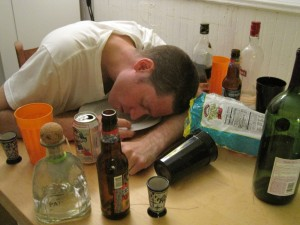 Picutured Dr. Ryan Greysen in a hypothetical photo demonstrating what type of online physician behavior could prompt state boards to investigate. Depicted Use of Alcohol With Intoxication Online –Vignette with moderate consensus for investigation. (Image used with permission by Dr. Ryan Greysen.)