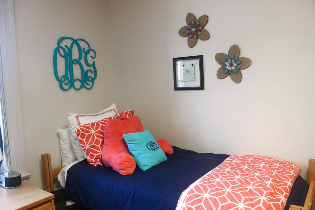 How To Make A Dorm Room Feel Like Quot Home Quot Healthy Liv