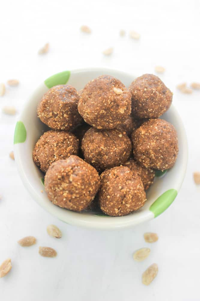 Biite-size version of the healthy snack bar that tastes just like a peanut butter cookie! Made with just 2 simple ingredients!