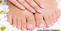 Yellow Toenails and Fingernails - Causes and Effective ...