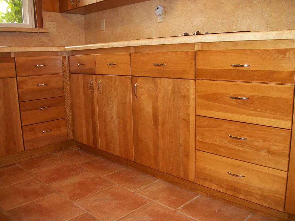 bottom kitchen cabinets utensils prestige bunting healthycabinetmakers
