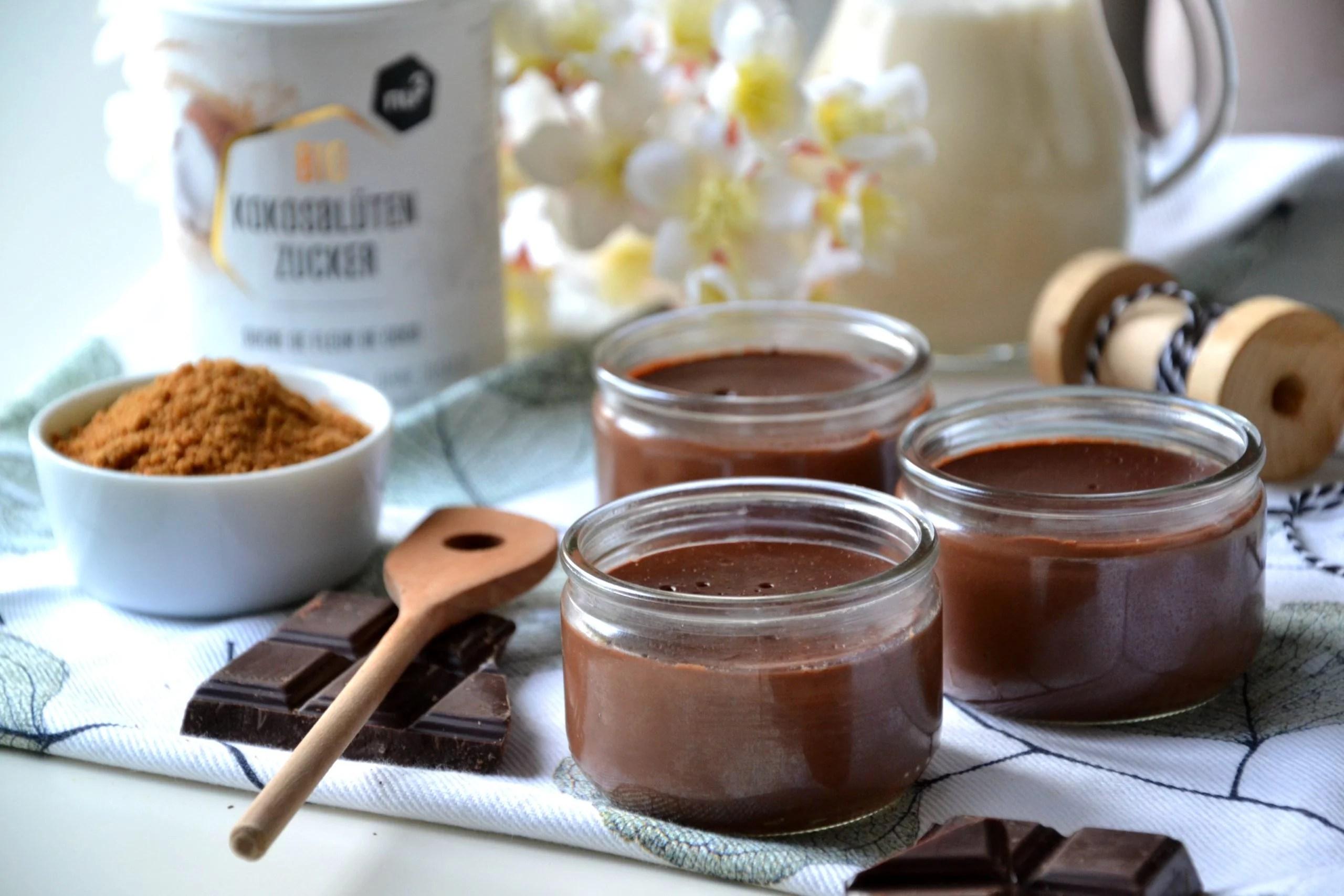 Petits pots de crème au chocolat façon «La Laitière»