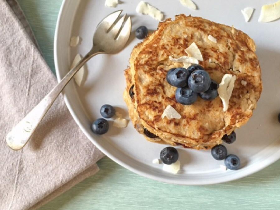 banana-coconut-pancake