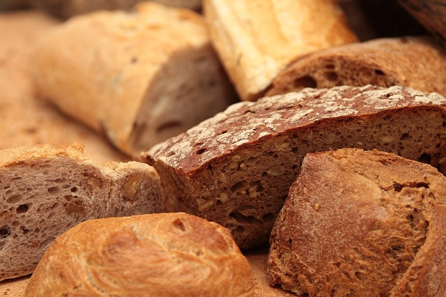 Bread with Wheat germ may contain 25μg per slice