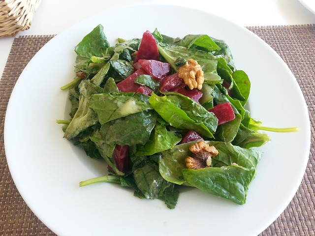 Spinach contains 7.1mg per ounce