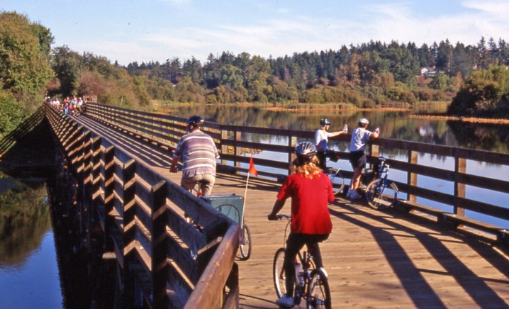 Cycling Victoria, Healthy Living + Travel
