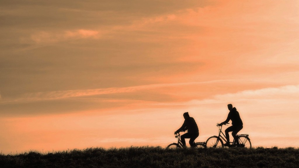 Cycling, Healthy Living + Travel