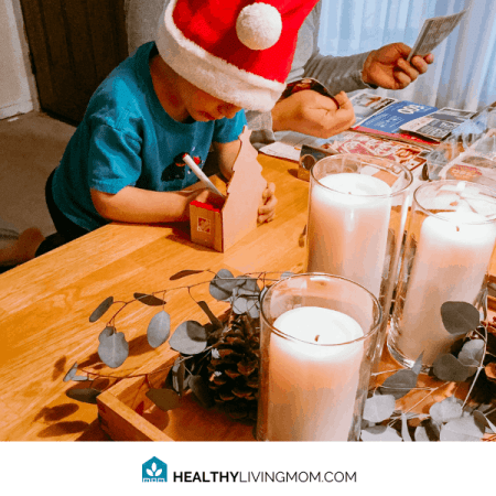 kid friendly centerpiece with candles