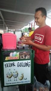 Mas Yusuf Penjual Telur Gulung di Gelar Produk Makanan Minuman Craft dan Fashion Istimewa Yogyakarta