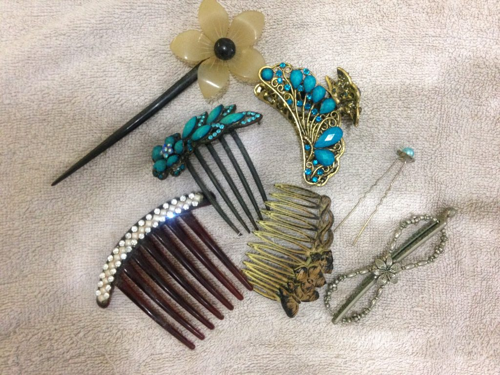 natural hair accessories and jewelry