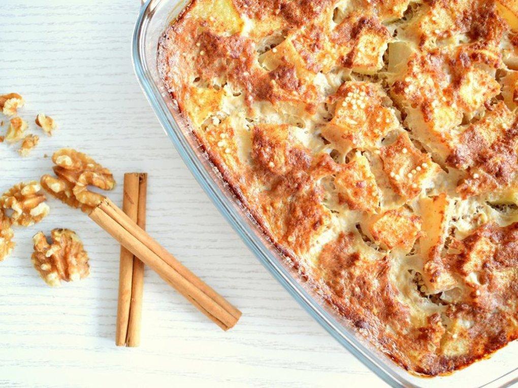 Quinoa ontbijtcake met peer | Lekker ontbijt recept | Healthy Wanderlust