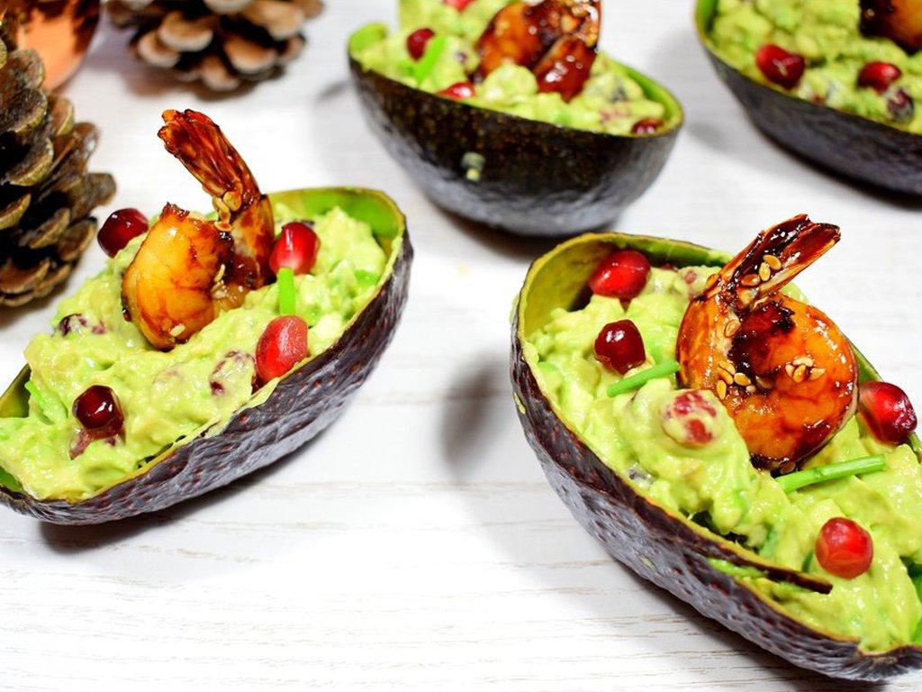 Gevulde avocado met gegrilde gamba's | Voorgerecht recept