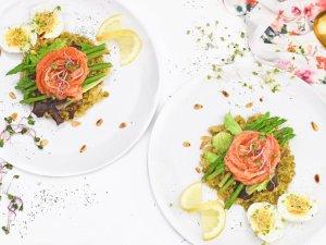 Zomerse salade met gerookte zalm | Eet gezond | Healthy Wanderlust