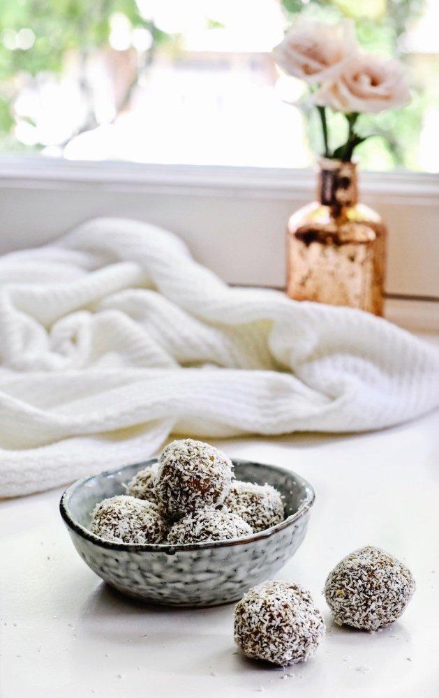 Energie balletjes met kokos | Gezonde snack | Healthy Wanderlust
