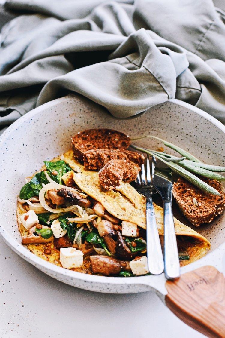 Omelet recept | Gezonde gevulde paddenstoelen omelet