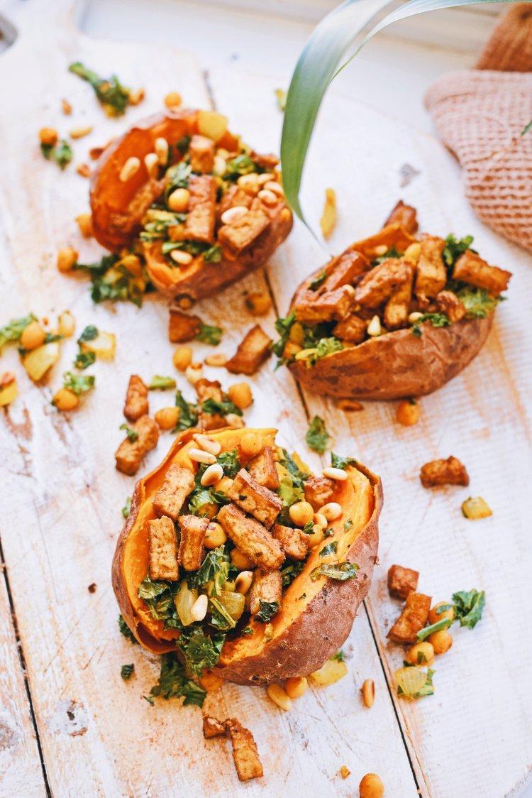 Gevulde zoete aardappel recept | Vegetarisch recept | Healthy Wanderlust