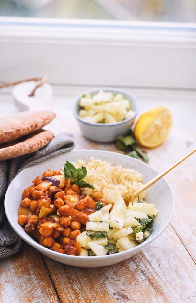 Gekruide kikkererwten couscous   Gezonde recept   Healthy Wanderlust