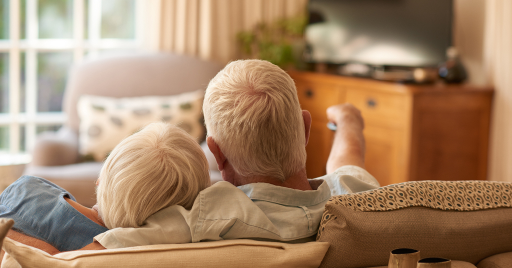 watching television with hearing loss can't hear the tv
