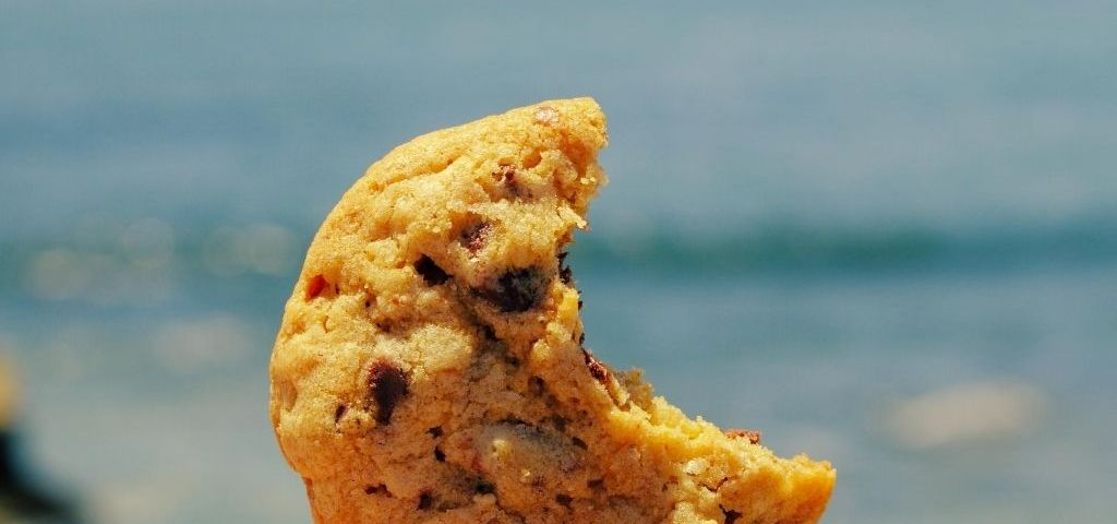 Cookie bite hearing loss