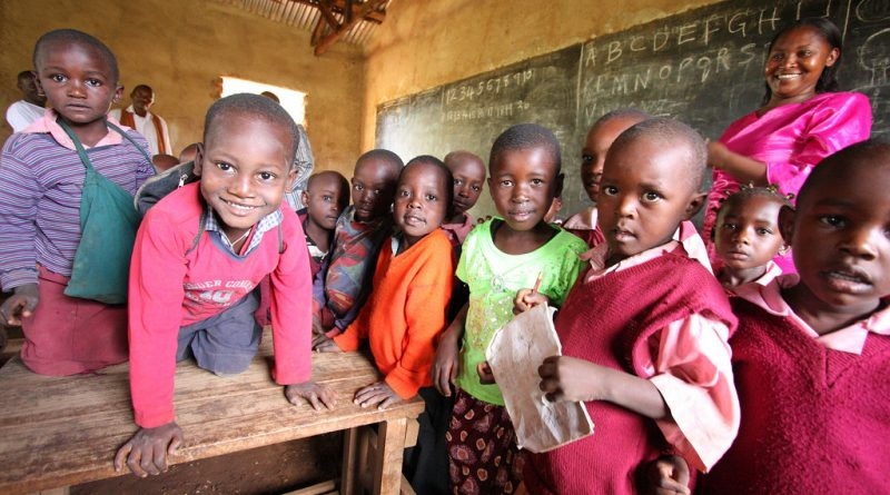 Financing Education in Sub Saharan Africa: Meeting the Challenge of Expansion. Equity and Quality - HEART