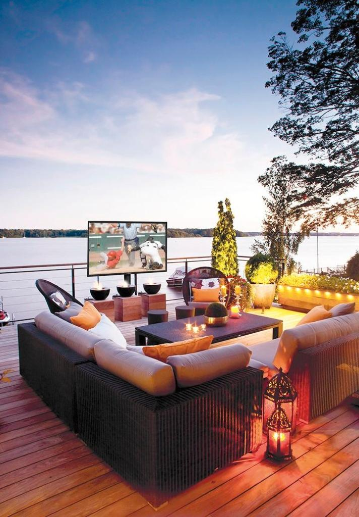 Outdoor Entertaining with SunBriteTV Veranda Series