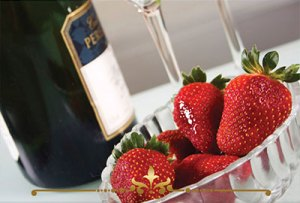 Strawberries & Champagne Scented Candles