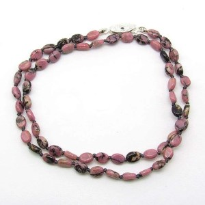 "18"" rhodonite oval bead necklace."