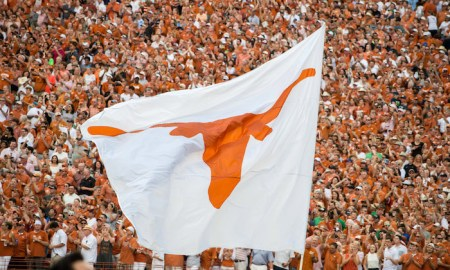 Texas Longhorns flag horns up, limes in