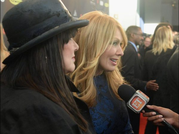 Thanx to Brian. A&N on the red carpet interviewed by Entertainment Tonight