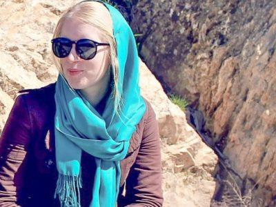backpacking iran solo female travel