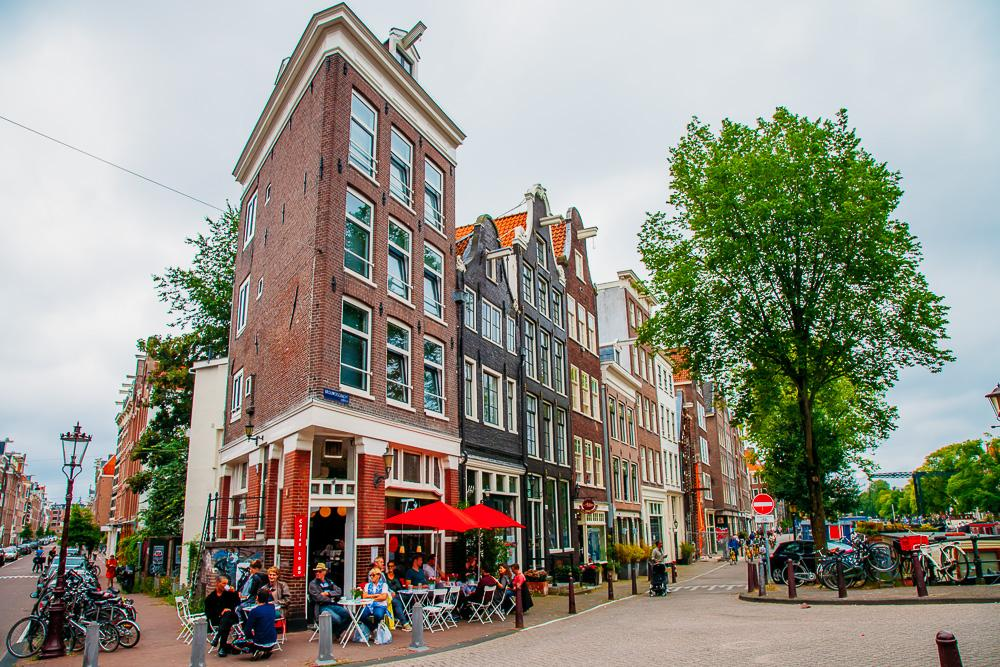 weekend amsterdam travel