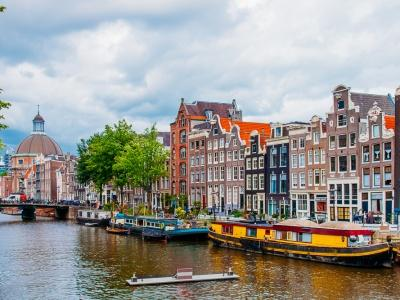 How to Be a Horrible Tourist in Amsterdam