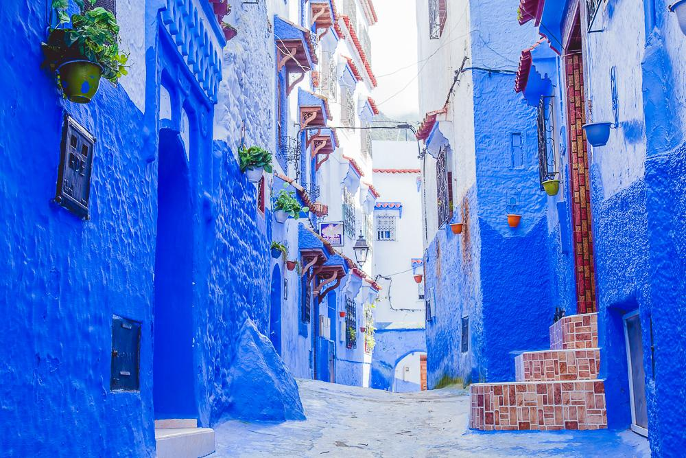 visiting chefchaouen morocco blue city