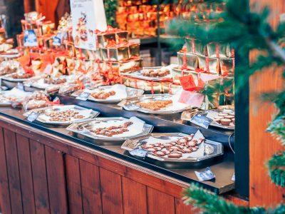 Visiting the Oslo Christmas Markets (+ A Video!)