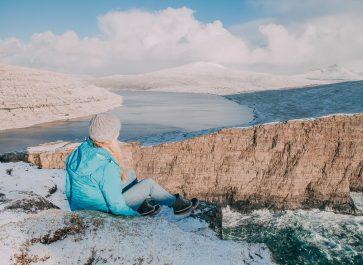 sorvagsvatn optical illusion faroe islands winter snow