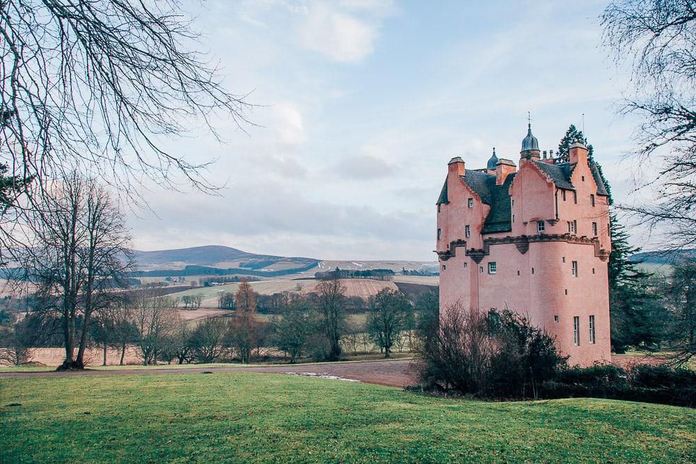 cragievar castle pink castle aberdeenshire scotland