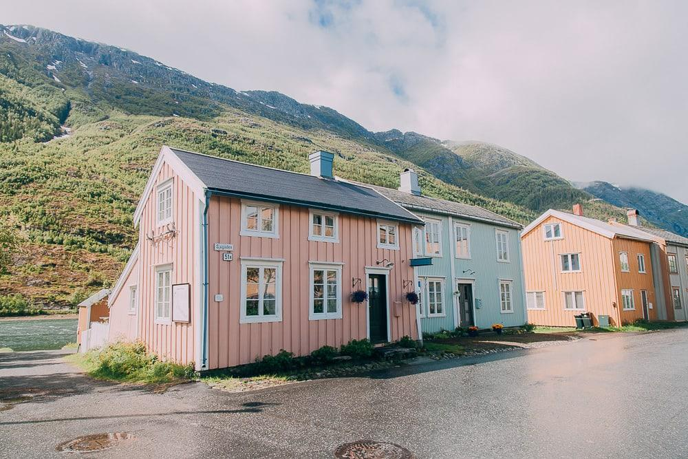 sjøgata mosjøen in june in norway