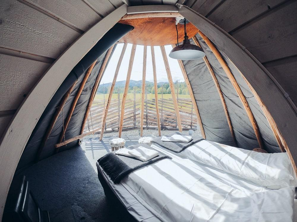 Holmen Husky Lodge lavvu accommodation in alta norway