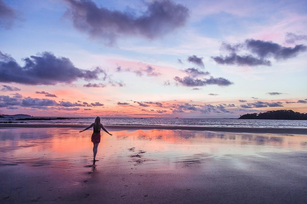 sunset isla palenque gulf of chiriqui panama