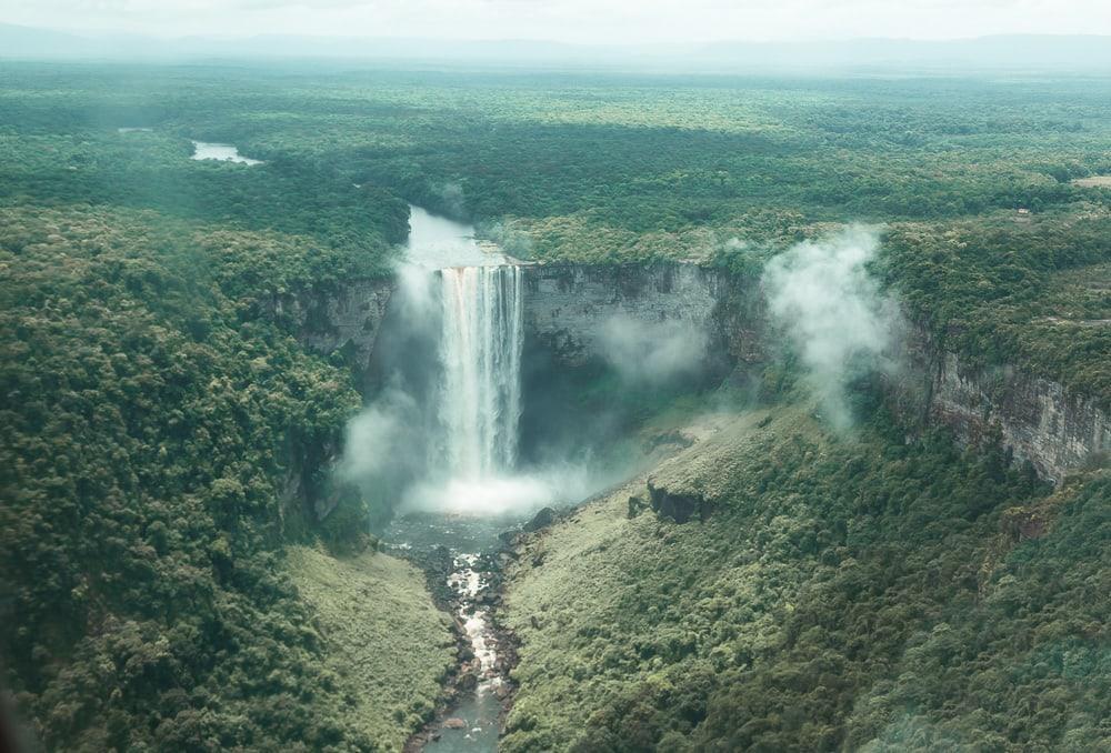 kaietur falls guyana waterfall