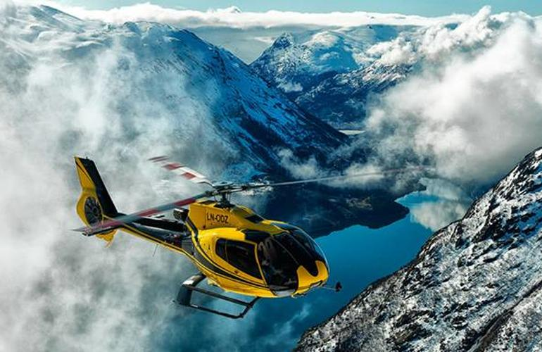 helicopter glacier tour norway