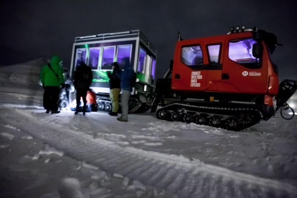 Excursion dans les aurores boréales du Svalbard