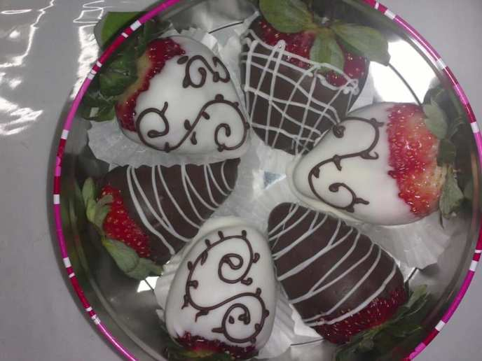 strawberry - Faby's Sweets N' Berries