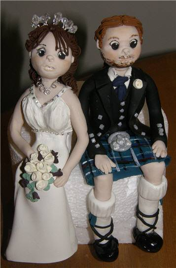 68959575 544834942989587 4043883799933616128 n - Personalized Cake Toppers by Gaynor Collingwood