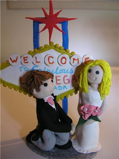 70141176 1198932370296041 5038574852475191296 n - Personalized Cake Toppers by Gaynor Collingwood